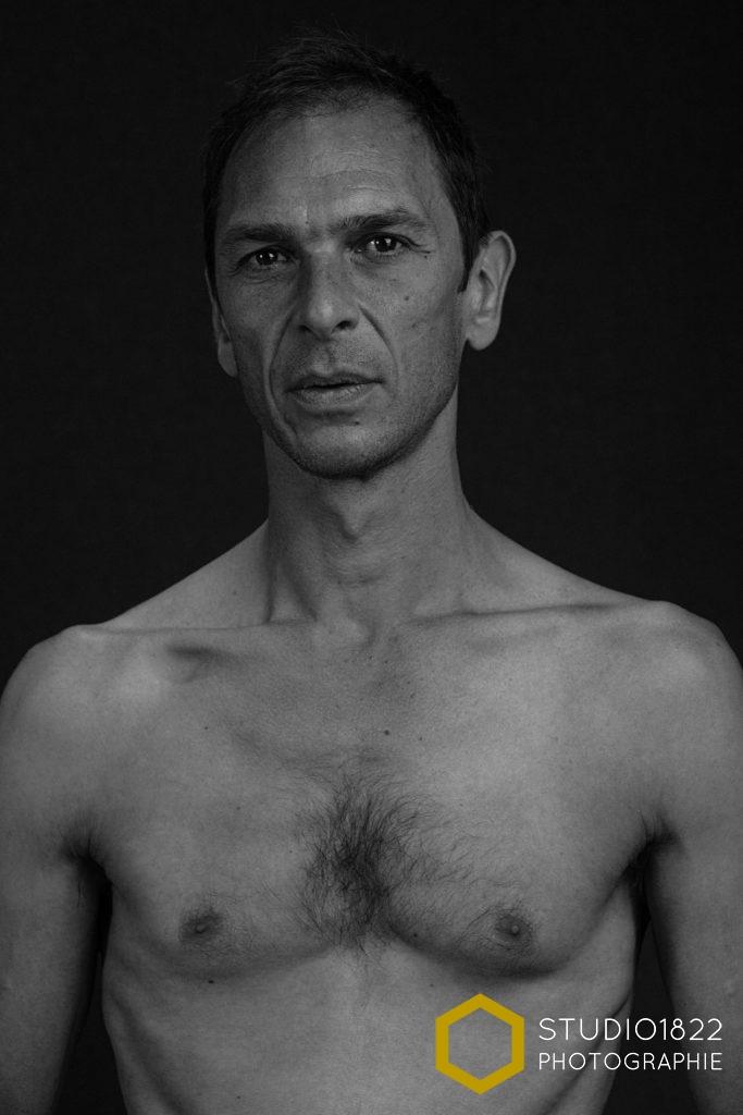 Photographe Lille portrait homme en studio Lille