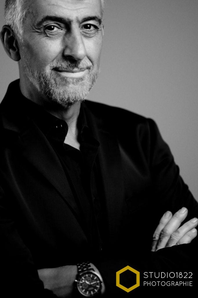 Portrait sur site d'un consultant expert par photographe spécialisé Lille