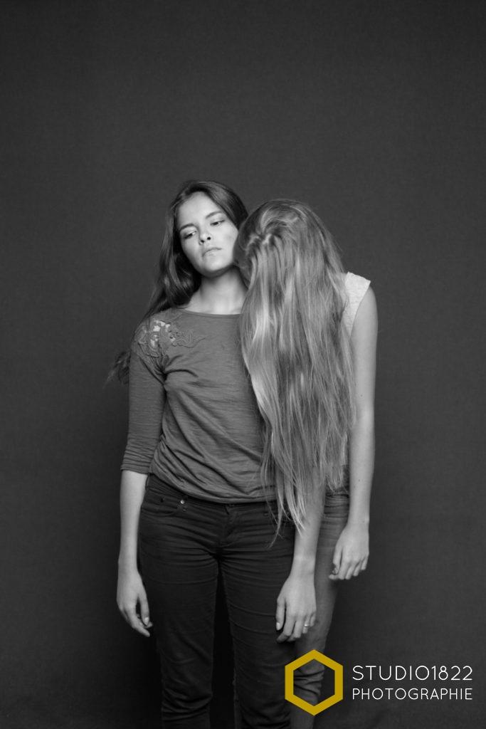 Photographe Lille portrait entre amies au studio à Lille