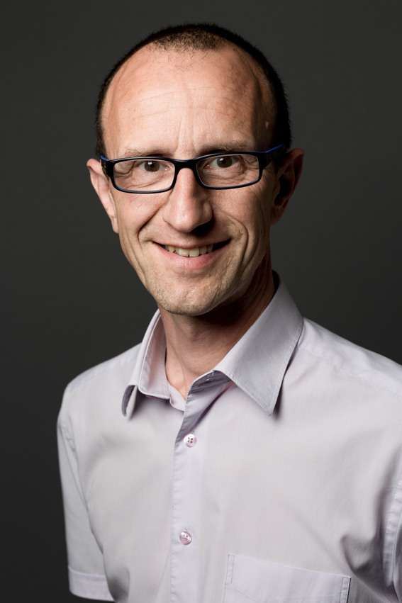 Portrait salarié pour trombinoscope par photographe Lille
