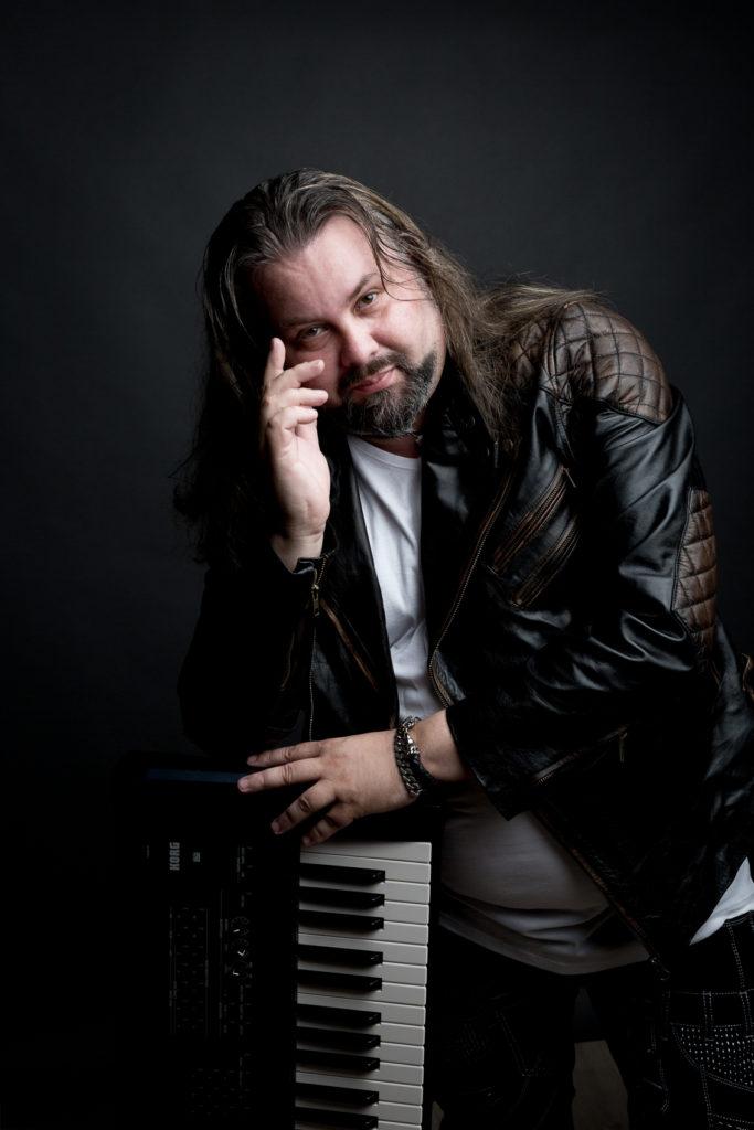 portrait musicien rock clavier