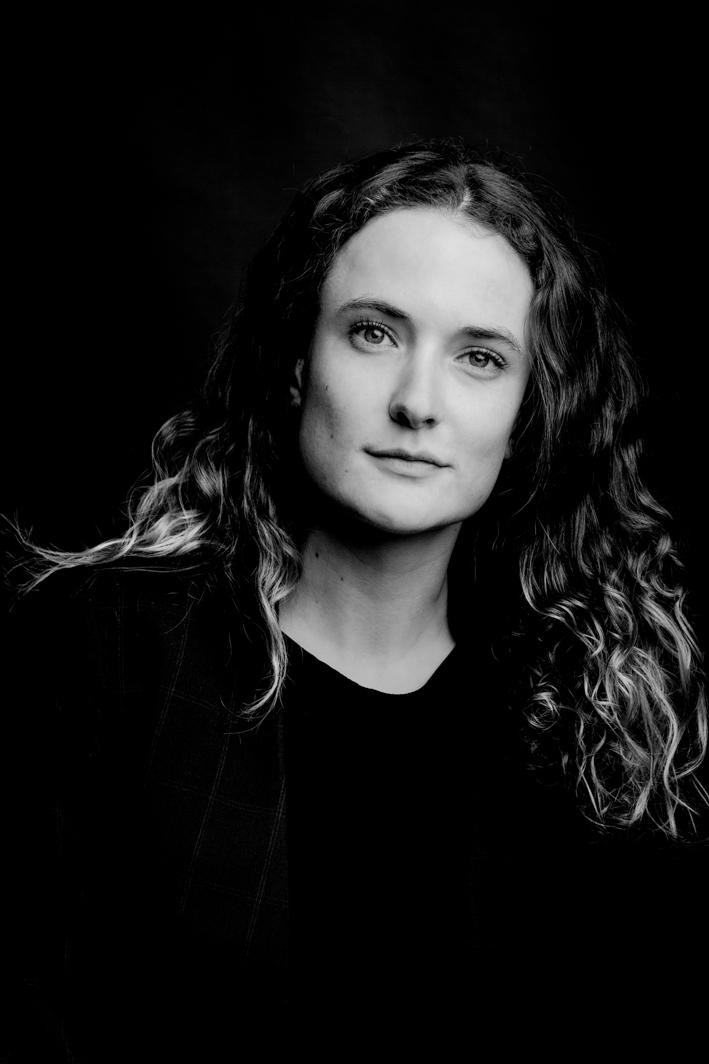 Photographe de portrait en studio à Lille spécialisé en noir et blanc
